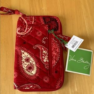Vera Bradley Mesa Red Zip-Around Wallet
